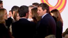 """Manuel Valls defiende su compromiso con """"la democracia y la libertad"""" en Cataluña"""