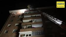 Increíble rescate en un incendio en Madrid