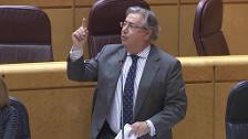 Zoido recuerda que el FC Barcelona prohíbe mensajes políticos
