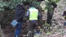 Francia analiza dos cajas halladas en Bayona con armas de ETA