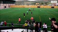 A patadas contra los jugadores del Cubillas en un partido de Primera Andaluza